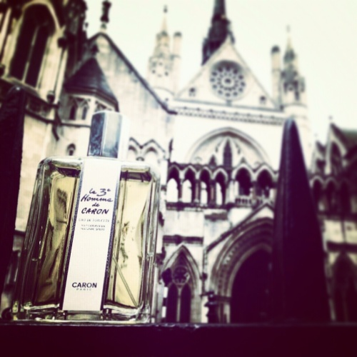 Our Agent Returns... le 3e Homme de Caron  The Perfumed Dandy's Selected Sunday Scent